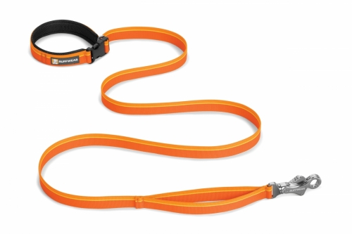Ruffwear Flat Out Leash Orange Sunset NEW in the group Dog Equipment / Leashes / Nylon Leashes at Dogmania (1397)