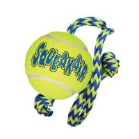 Kong Air Squeaker Tennisboll med rep